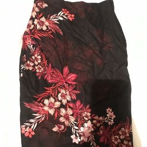 Floral Pencil Skirt 🌺🌸🌼🖤
